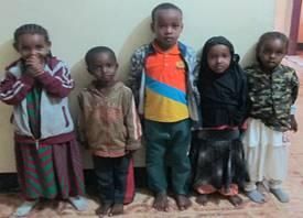 Fattige barn til barnehjemmet.