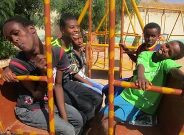 gode-aktiviteter-for-barn-og-unge-pa-afrikas-horn1